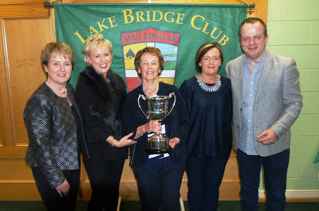The Hanlon Family Marie,Carmel Kay ,Thomas with Rita Mc Cormack chairperson (centre)