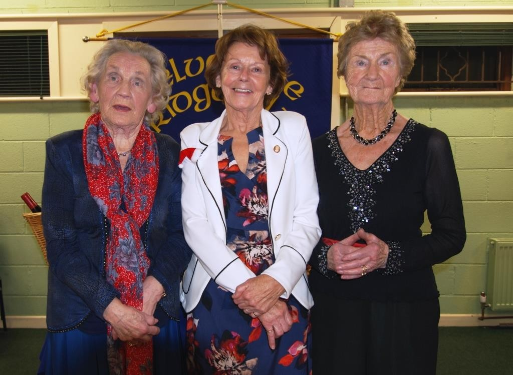 Christmas hampers winners, Anita Browne & Mary Keogh with Eileen Leavy President  (centre)