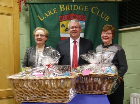 Lake Bridge Club Christmas Hamper nett winners Mary Maxwell and Theresa Frayne with Gerry O'Gorman Club President