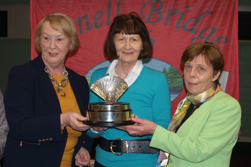 P31133010    Winners of Jack Bray Trophy 2019 Marie Bray and Chris Gallagher with Monica OGorman